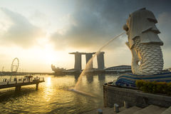 小游艇船坞海湾,新加坡- 2015年3月, 14 :清早Merlion 免版税库存图片