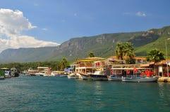 小游艇船坞的看法在土耳其 免版税库存照片