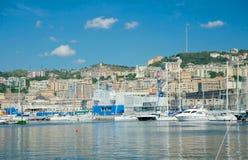 小游艇船坞的看法,热那亚,意大利 免版税库存照片