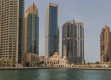 小游艇船坞迪拜地平线  图库摄影