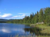 小湖 库存图片