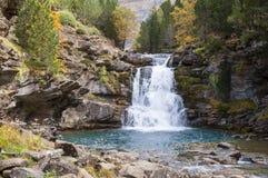 小瀑布和水池 库存图片