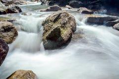 小瀑布在国家公园 免版税库存图片