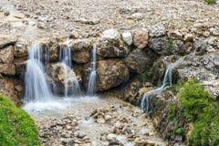 小瀑布在阿尔卑斯 库存照片