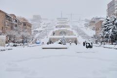 小瀑布楼梯冬天场面,耶烈万,亚美尼亚 库存照片