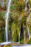 小瀑布的细节 免版税库存照片