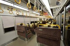 小火车的里面离开京都驻地 免版税库存图片