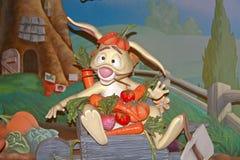 从小熊维尼的兔子 免版税图库摄影
