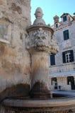 小狮子头喷泉 免版税库存照片