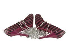 小珠黑色桃红色鞋子二 库存图片