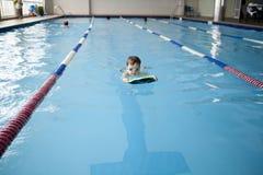 小男孩游泳者 库存图片
