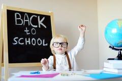 小男孩画象学校工作场所的 免版税库存照片