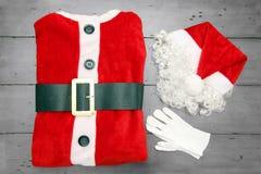 小的圣诞老人诉讼 免版税库存图片