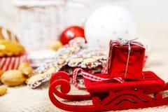 小的圣诞节雪橇 免版税库存图片