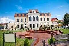 小的木圆形剧场在Targoviste,罗马尼亚。 库存图片