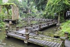 小的木桥 免版税库存图片