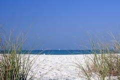 小的海滩 免版税库存照片