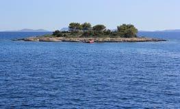 小的达尔马希亚海岛 免版税库存照片