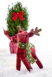 小的驯鹿填充动物玩偶圣诞节装饰 免版税库存图片