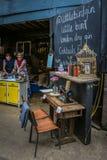 小的鸟杜松子酒,绳索步行, Maltby街市,伦敦 免版税库存照片