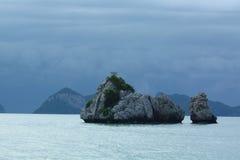 小石城海岛在海运。 免版税库存图片