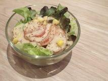 小碗沙拉 免版税库存图片