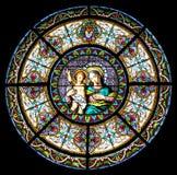 小神耶稣母亲 免版税库存照片