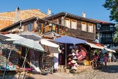 小纪念品店在老Nessebar,保加利亚 免版税图库摄影