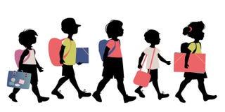 小组与背包,公文包、文件夹和书的孩子剪影,上学 皇族释放例证