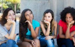 小组失望的女孩 免版税库存图片
