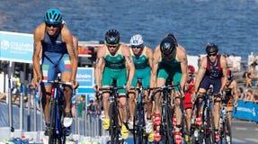 小组循环三项全能的竞争者上升 库存图片