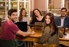 小组的学生 免版税库存图片