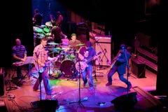 小组的音乐会制片者流行音乐, 2009年4月24日的香宾 库存照片