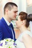 小美丽的新娘儿童的新郎 免版税图库摄影