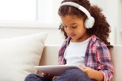 小美国黑人的女孩 免版税库存照片