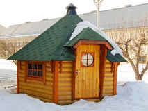 小舒适的房子 免版税库存照片