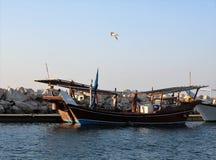小船保加利亚码头捕鱼sozopol 库存图片