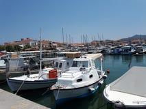 小船保加利亚码头捕鱼sozopol 免版税库存照片