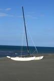 小船偏僻的风帆 库存图片
