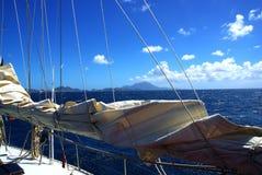 小船加勒比航行 免版税库存图片