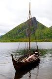 小船北欧海盗 免版税库存照片