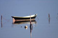 小船反射 库存照片