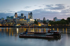 小船和利物浦街道区域,伦敦。 库存照片
