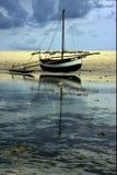 小船和反射 库存图片