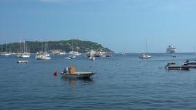 小船和游艇在法国海滨 影视素材