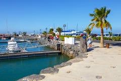 小船和游艇在Rubicon小游艇船坞,兰萨罗特岛,加那利群岛,西班牙 库存图片