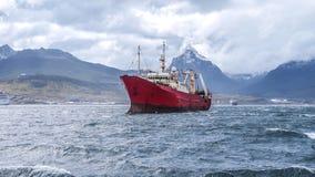 小船在乌斯怀亚 免版税库存图片