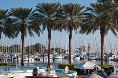 小船在佛罗里达海滨广场 免版税图库摄影