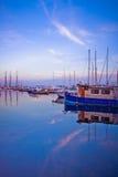 小船在多伦多港口 免版税库存照片
