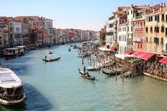 小船在大运河在威尼斯市 免版税库存图片
